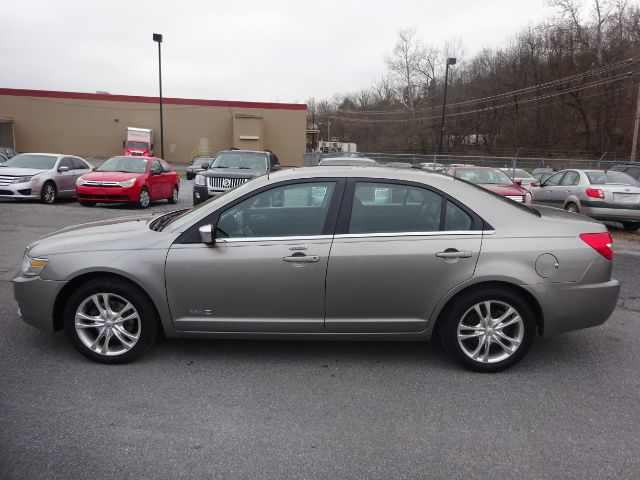 Pre-Owned 2008 Lincoln MKZ AWD