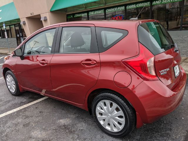 Pre-Owned 2016 Nissan Versa Note S