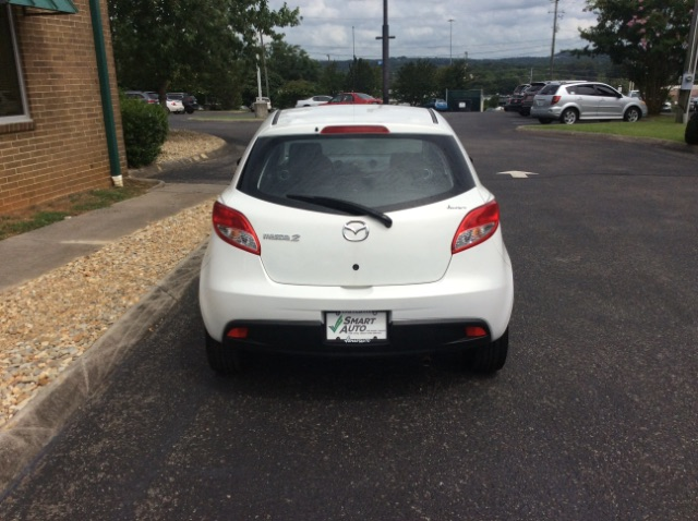Pre-Owned 2014 Mazda2 Sport AT
