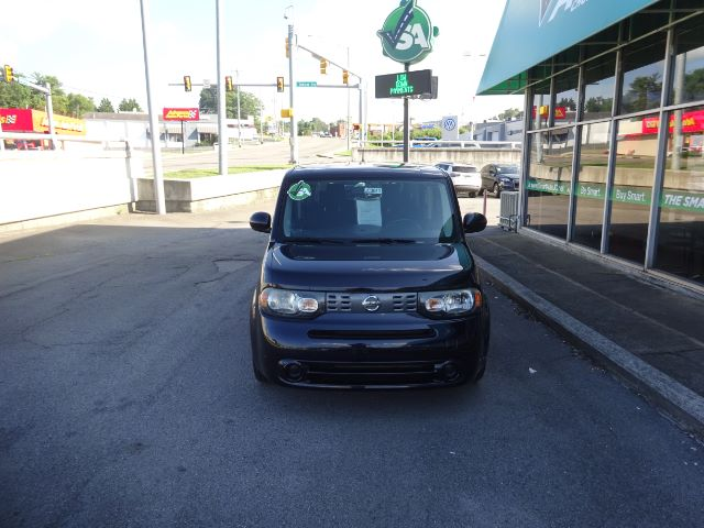 Pre-Owned 2012 Nissan cube 1.8