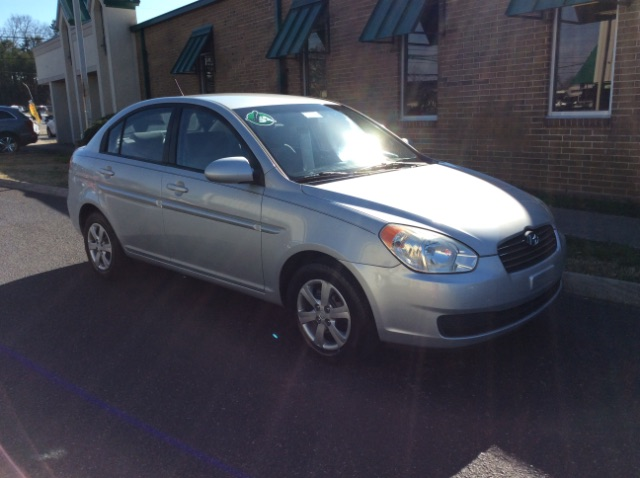 Pre-Owned 2008 Hyundai Accent GLS 4-Door