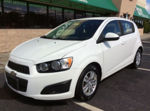 Pre-Owned 2012 Chevrolet Sonic 2LS 5-Door